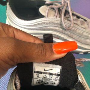 Silver Bullet Nike Air Max